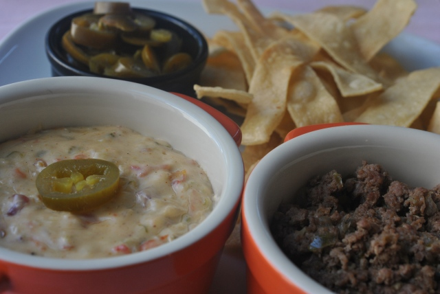 queso and spicy beef 042